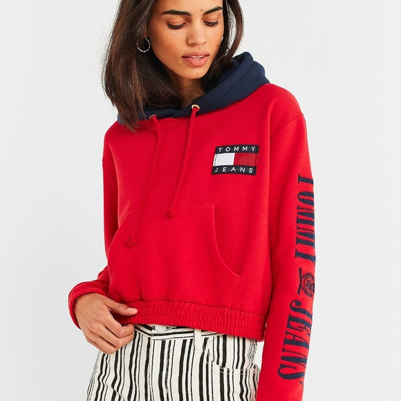3334c29a Tommy Jeans 90s Contrast Cropped Hoodie Sweatshirt.  M_5abaad86f9e501948a954741